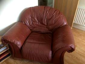 Freecycle Tan leather three piece suite.