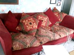 Freecycle Large 4 Seater Sofa