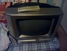 "Freecycle 19"" tv with VIDIO/DVD incorporated"