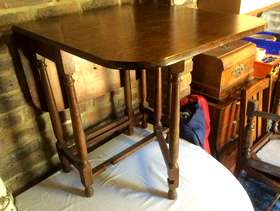 Freecycle Mahogany Drop Leaf Table