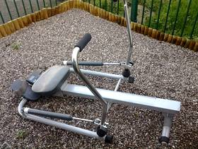 Freecycle Rowing machine