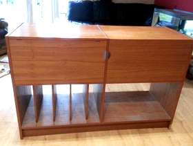 Freecycle TV and multimedia unit - Wooden