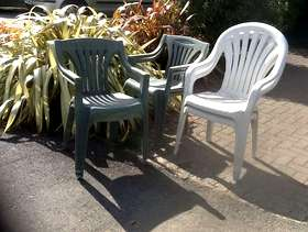 Freecycle Plastic garden chairs - 8