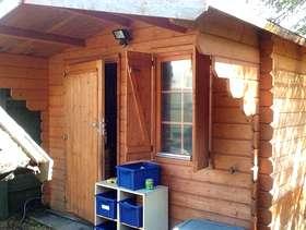 Freecycle Finnforest Log cabin