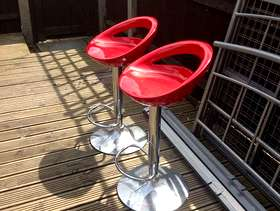 Freecycle Pair Red Kitchen Bar Stools -