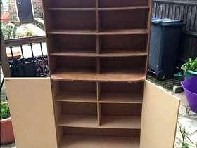 Freecycle Display/storage unit