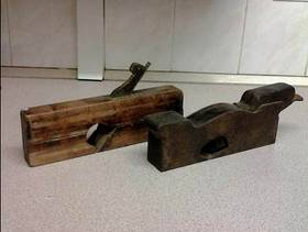 Freecycle Old woodworking plane x2