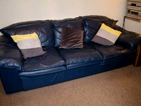Freecycle 3 Seater Leather Sofa