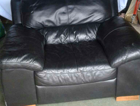 Freecycle Black leather armchair