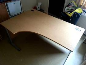 Freecycle Modern office desk