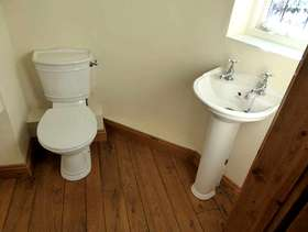 Freecycle Wc, basin and pedestal