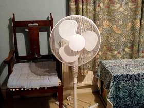 Freecycle Large floorstanding fan.