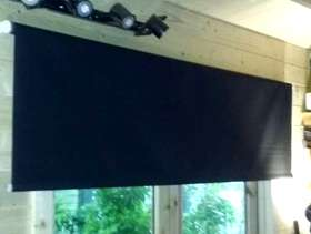 Freecycle Roller blinds; blackout, two.