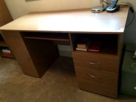 Freecycle Office desk & book case