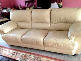 Freecycle Leather 3 seater cream settee