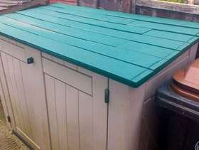 Freecycle Plastic shed