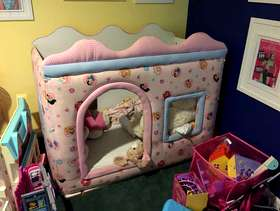 Freecycle Girls playhouse - indoor
