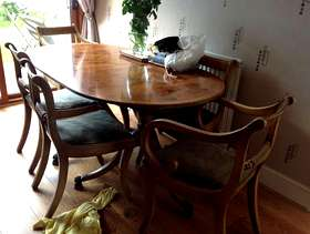 Freecycle Dining Table and 6 chairs