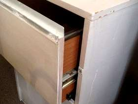 Freecycle 2 x 2 drawer filing cabinets