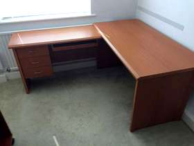 Freecycle Computer table