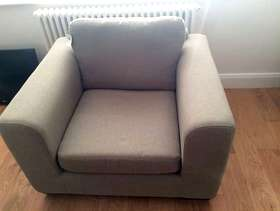 Freecycle 2x great armchairs