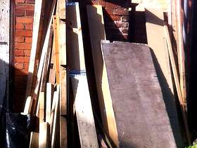 Freecycle Assorted wood (ideal for Bonfire Night)