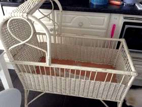 Freecycle Old fashioned white wicker crib