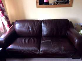 Freecycle 2 & 3 seater sofa