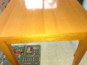 Freecycle Extending dining room table
