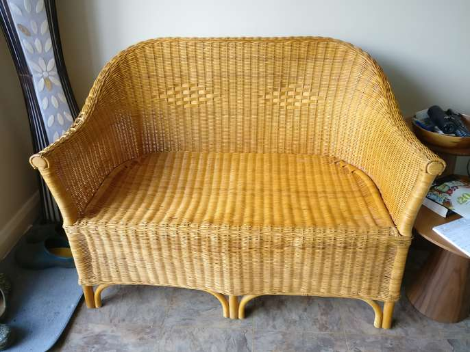 Fantastic Freelywheely Small 2 Seater Wicker Sofa Dailytribune Chair Design For Home Dailytribuneorg