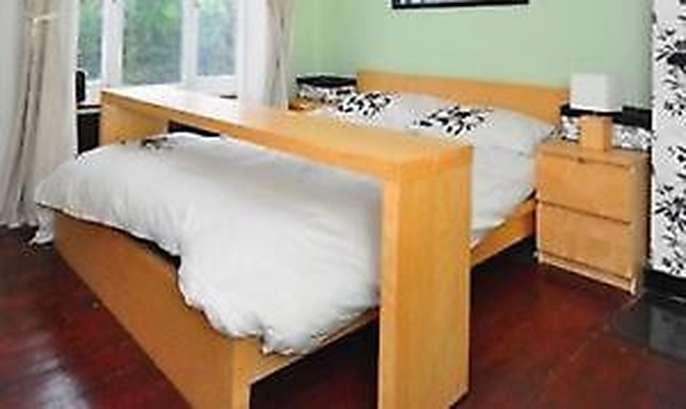 Freelywheely Contemporary Light Oak Ikea Over Bed Table On Wheels