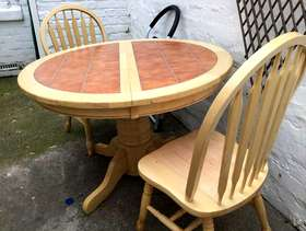 Freecycle Table and chairs