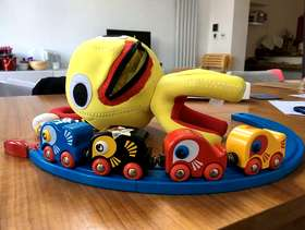 Freecycle Brio - Octopus with 4 trains & track as in ...