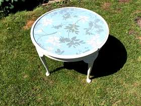 Freecycle Small occasional table