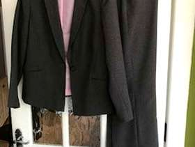 Freecycle Suit Grey wih Pink lining