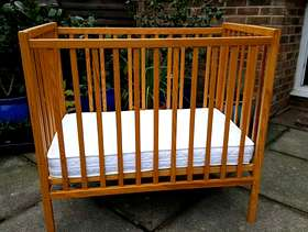 Freecycle Small child's cot with matress.