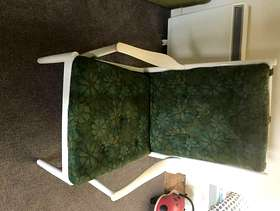 Freecycle 2 Seater Settie and Chair