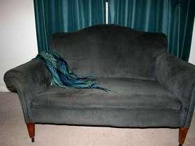 Freecycle Small Edwardian sofa