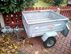 Freecycle Lightweight Car Trailer (tipping), lights, locking hitch & jockey wheel ...