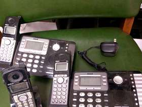 Freecycle 2-line cordless phones with extension