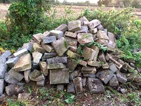 Freecycle Broken blocks - free to collector