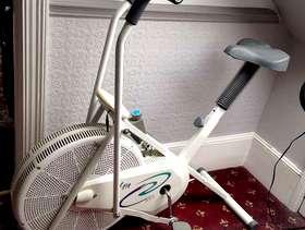 Freecycle Exercise bike/cross trainer
