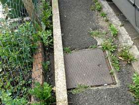 Freecycle 9ft concrete washing line post