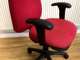Freecycle Adjustable office chair
