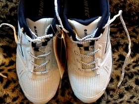 Freecycle Brand New Pair Hi-Tec Sports Trainer Court Shoes - UK11, ...