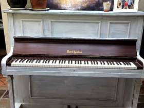Freecycle Piano