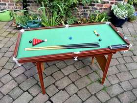 Freecycle Child's 'Pot Black' Snooker/Pool Table