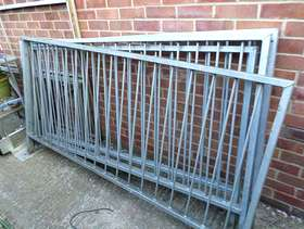 Freecycle Galvanised fence pannels 6 foot 6 inches long and afraction ...