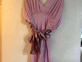 Freecycle Short pink dress size 10-12