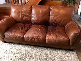 Freecycle 3 Seat Leather Sofa